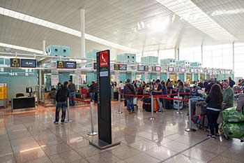 Travel services at Barcelona Airport - Featured image